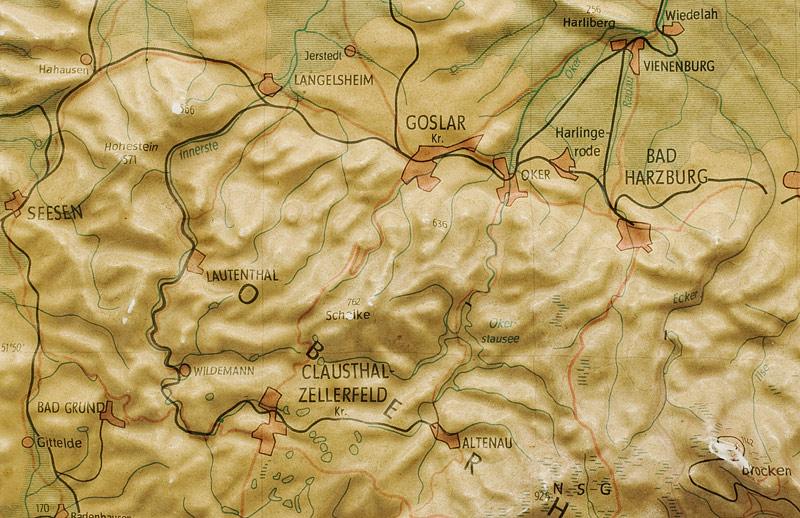 http://www.lupomat.de/bahn/karten/Harzrelief_1963_03a.jpg